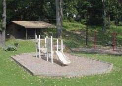 Jessee-Pifer Park shelter and playground